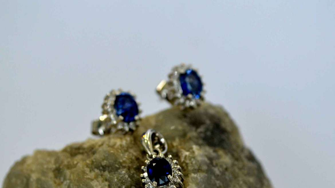 Blue Sapphire and Diamond Earing and Pendant Set